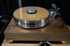 Acoustic Solid - Solid Wood MPX Turntable with Sorane SA1.2 Tonearm